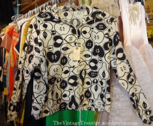 vintage shopping athens the vintage traveler