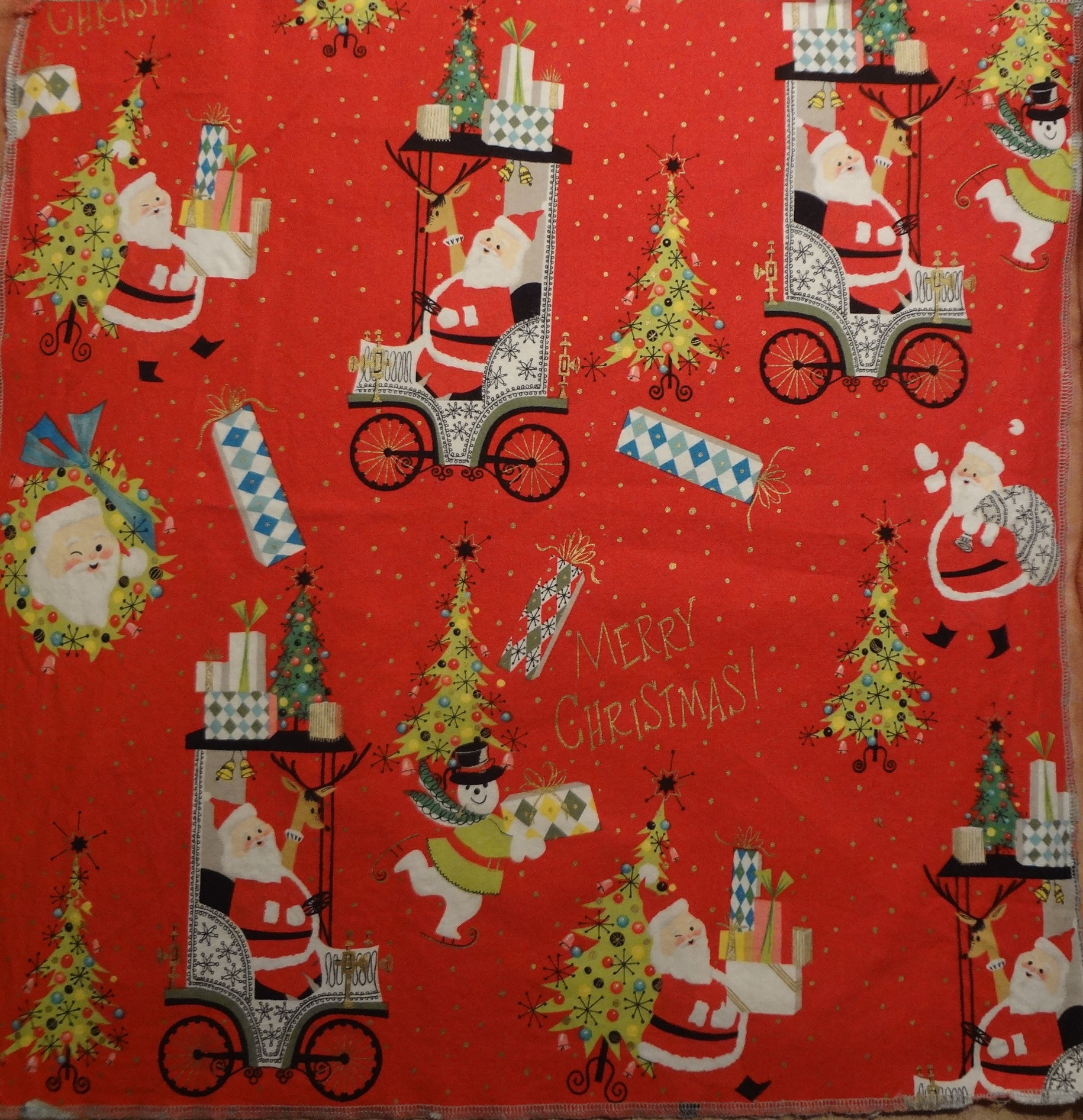 Vintage Christmas Fabric | The Vintage Traveler